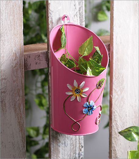 Green Girgit Metal Pot Planter_Hauterfly