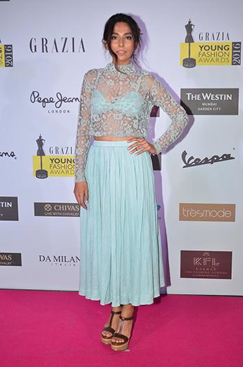 Monica Dogra_Week In Celebrity Style_April 9_Hauterfly