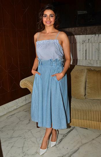 Prachi Desai 3_Week In Style April 29_Hauterfly