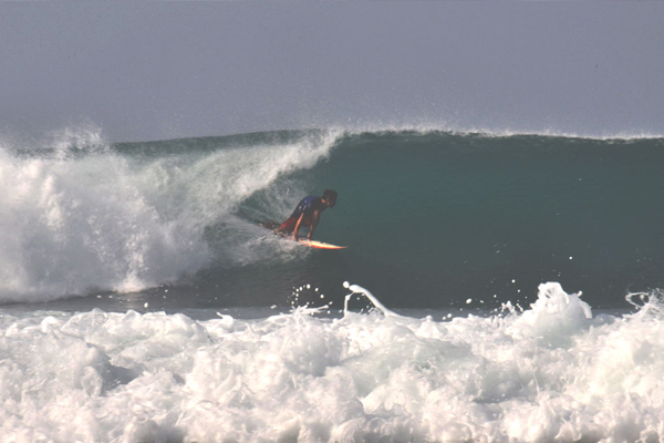 Surfing in the Little Andamans_Hauterfly