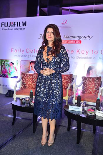 Twinkle Khanna_Week In Celebrity Style_April 9_Hauterfly