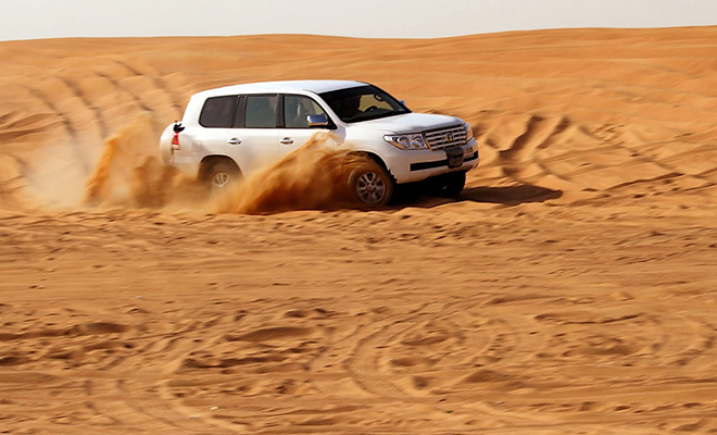 Dune bashing in Dubai_Hauterfly