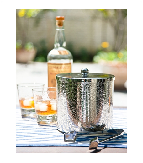 Good Earth Ice Bucket And Tongs_Hauterfly