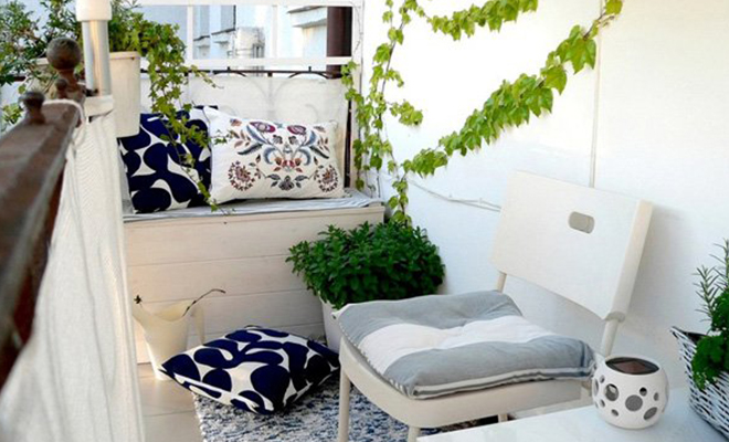 Featured Tiny balcony_Hauterfly