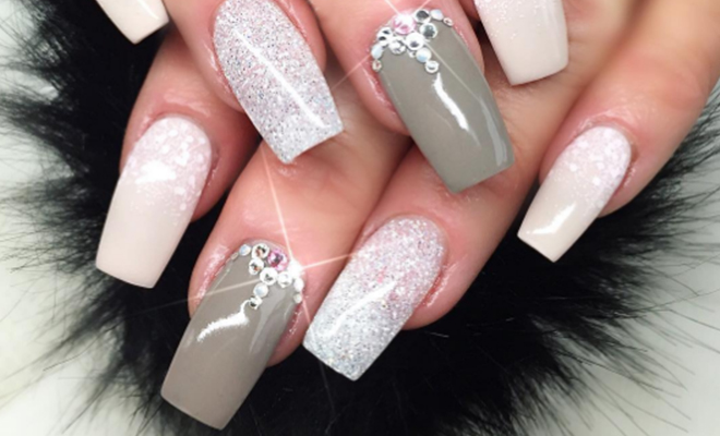 Glitter-Nails_Hauterfly
