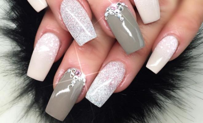 Glitter-Nails_Hauterfly