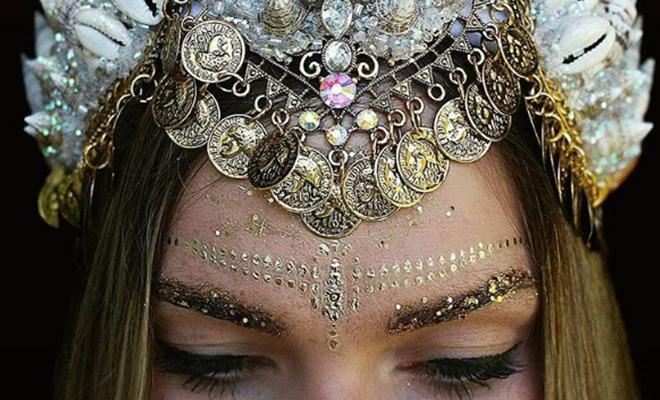 how-to-wear-glitter_hauterfly