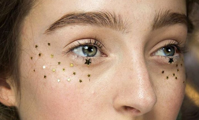 glitter-freckles_featured_Hauterfly