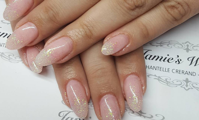 glitter-tear-nail_featured_Hauterfly