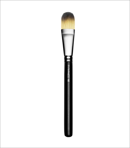 m-a-c-foundation-brush_Hauterfly