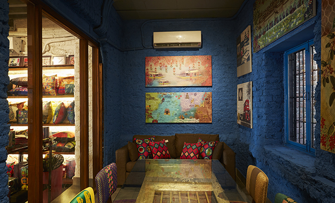 Haute Spaces_India Circus_Hauterfly