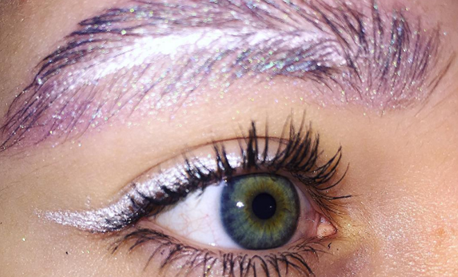 Feather Eyebrow Trend_Featured_Hauterfly