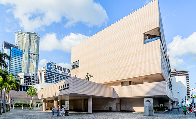 Travel Influencers_Divia Thani Daswani_CN Traveller_Hong Kong Museum of Art_Hauterfly