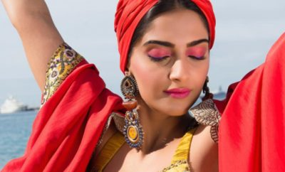 Get The Look_Sonam Kapoor_Coral and Pink EyeShadow_Featured_Hauterfly