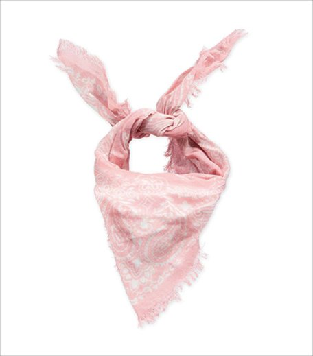 What is millenial pink_Forever 21 scarf_Hauterfly