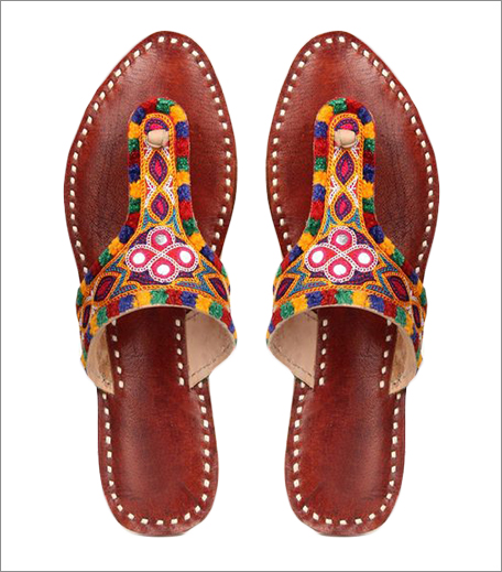 Tuesday Shoes Day_Kolhapuris_Ajio Kutch Embroidered Brown Leather Chappals_Hauterfly