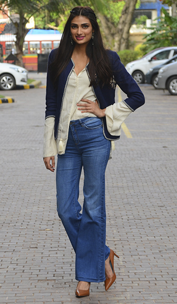 Week In Style_Athiya Shetty_July 8-14_Hauterfly