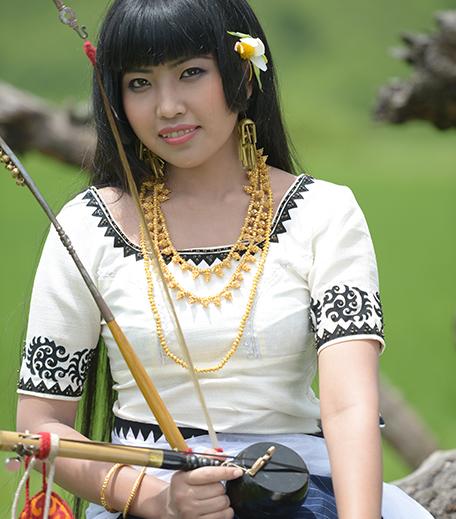 Haute Sounds_Indo-Portuguese_Manipuri Singer Mangka_Hauterfly