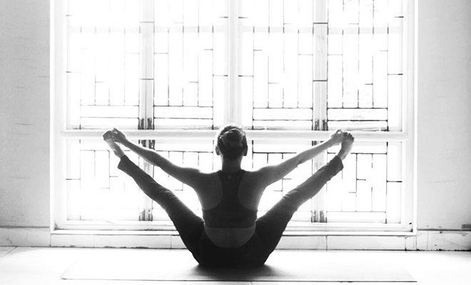 Yoga for abs_Hauterfly