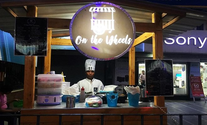 On The Wheels_Food trucks in Kolkata_Hauterfly