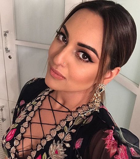 Sonakshi Sinha makeup