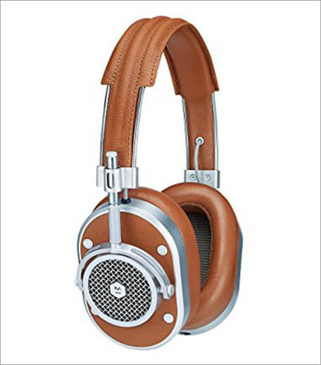 Inpost- Haute Pick_Head Phones 1