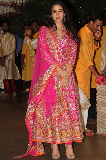 Sara Ali Khan's Eclectic Wardrobe Is Giving Us Major ...