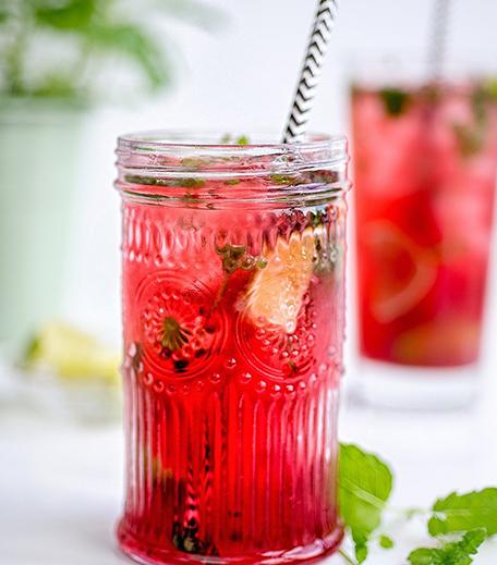 Valentine's Cocktails Pink Mojito