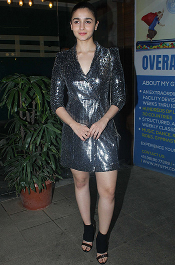 Alia_Bhatt_Zara_Gully_Boys_Wrap_Up_Party_