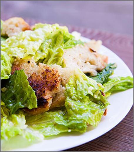 Inpost- food - brunch recepie for mother's day-ceasersalad