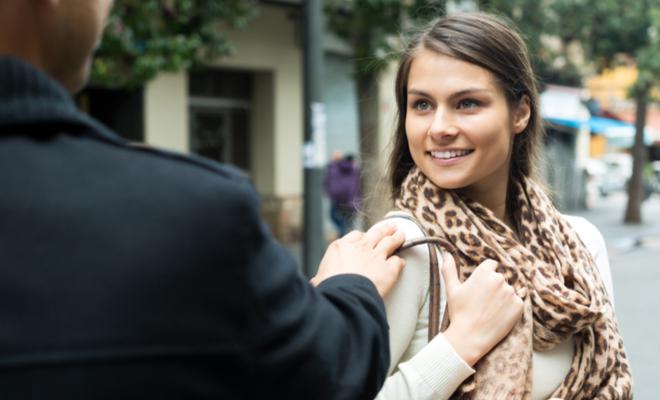 inpost - helping people - smile at stranger