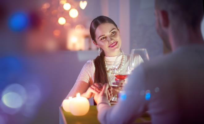 inpost-romantic monsoon-candlelight date
