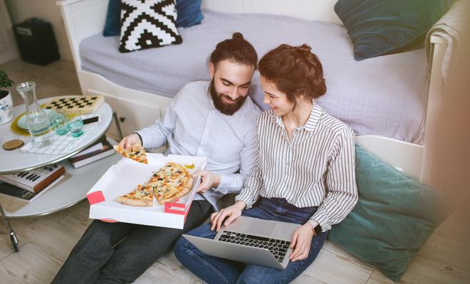 inpost-romantic monsoon-sharing pizza