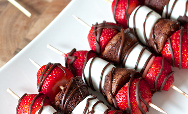 websitesize feature image-food on a stick-strawberry kebobs