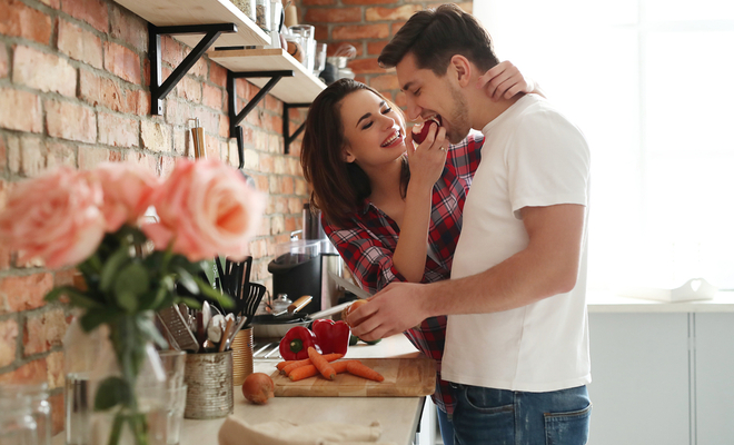 things_nobody_tells_new_couple_marriage_household_chores_inpost