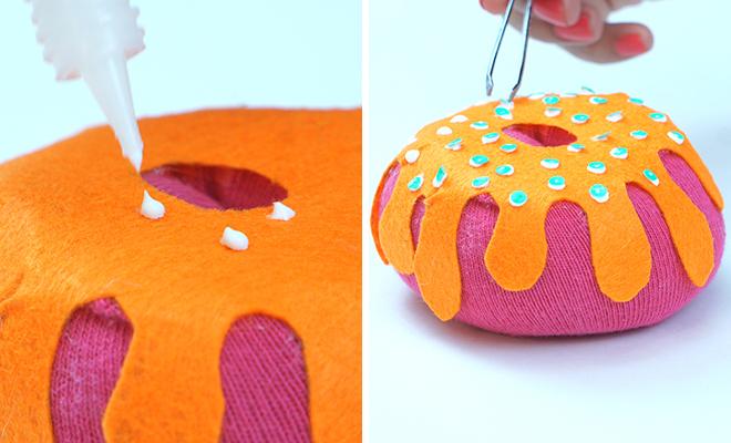 Inpost (H)- DIY Doughnut Pillow 7