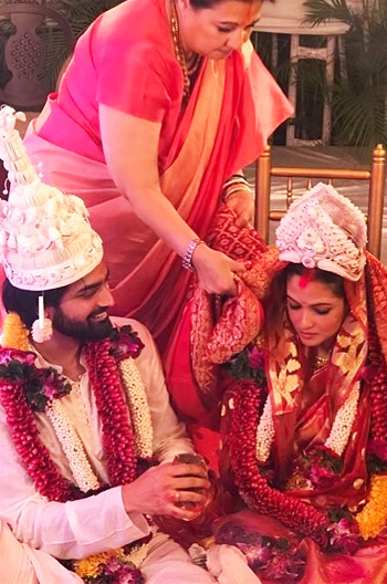 bollywood_couple_goals_wedding_riyasen