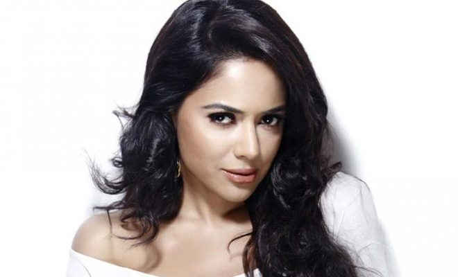 Sameera Reddy Baby Girl Delivery