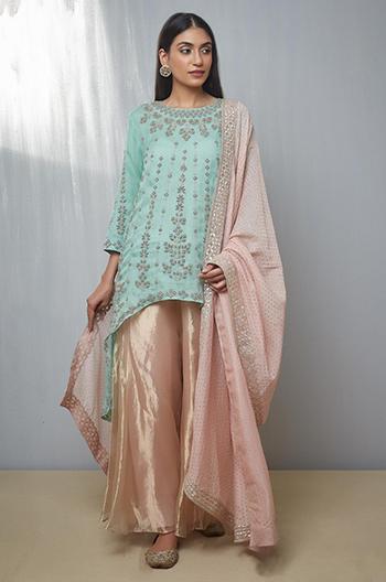 designer diwali outfits