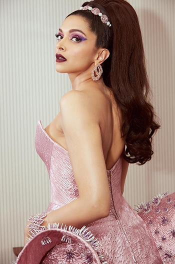Hauterfly Deepika Padukone Fashion 2