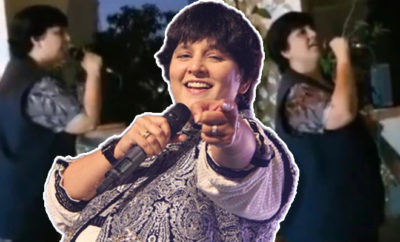 FI Falguni Pathak Entertains Neighbours
