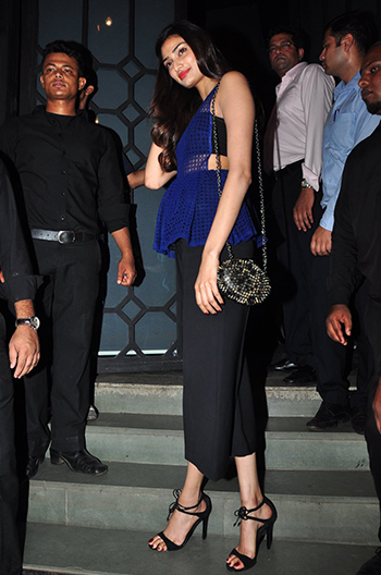Athiya Shetty 2_Week In Style_May 14_Hauterfly