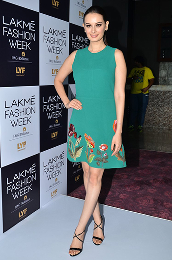 Evelyn Sharma_Week In Style_July 2_Hauterfly