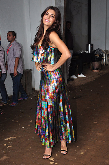 Jacqueline Fernandez 4_Week In Style_August 13_Hauterfly