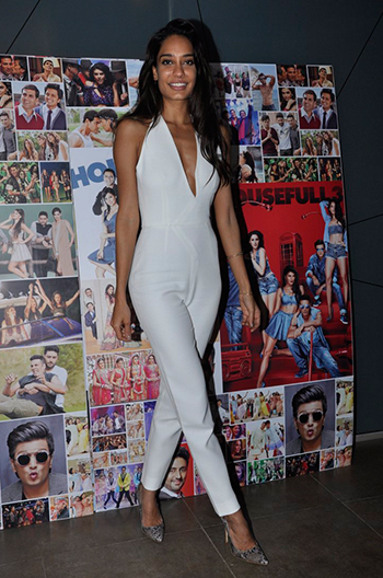 Lisa Haydon_Week In Style_May 28_Hauterfly
