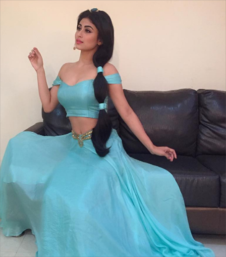 Mouni Roy in post_Hauterfly