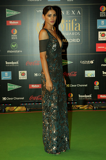 Nargis Fakhri_Week In Style_July 2_Hauterfly