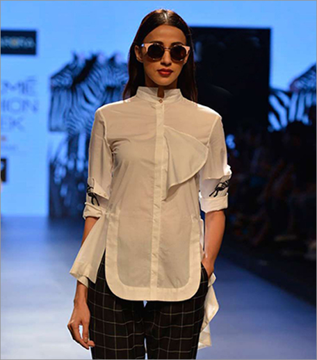 Sneha Arora_White Shirt With Zebra Embroidered Cuff Sleeves_Hauterfly