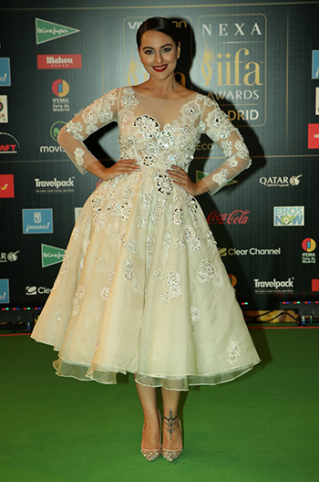 Sonakshi Sinha_Week In Style_July 2_Hauterfly