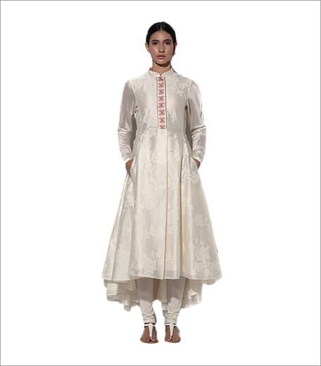 Umbar Maldives Embroidered Kurta Set In Ivory_Hauterfly